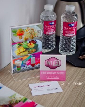 Fasilitas WIFI & room service