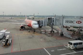 Pesawat yang membawa saya pulang dari Singapura