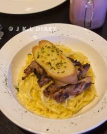 Menu lunch di hari terakhir: Alfredo Spaghetti