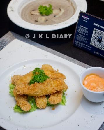 fried chicken & mushroom soup