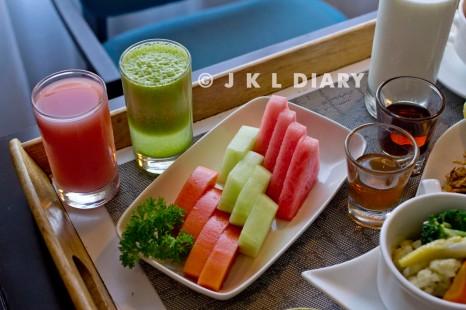 juice & fruit slices